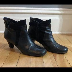 Black Aerosoles booties